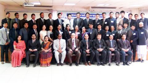 Director General, faculty members and particiapnats